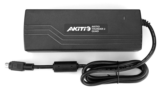 akitio-thunder2-quad-power-adapter-sticker