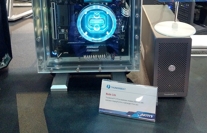 2018 computex in akitio 20