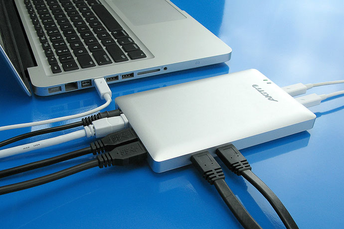 AKiTiO Thunder Dock | Thunderbolt Docking Station | AKiTiO